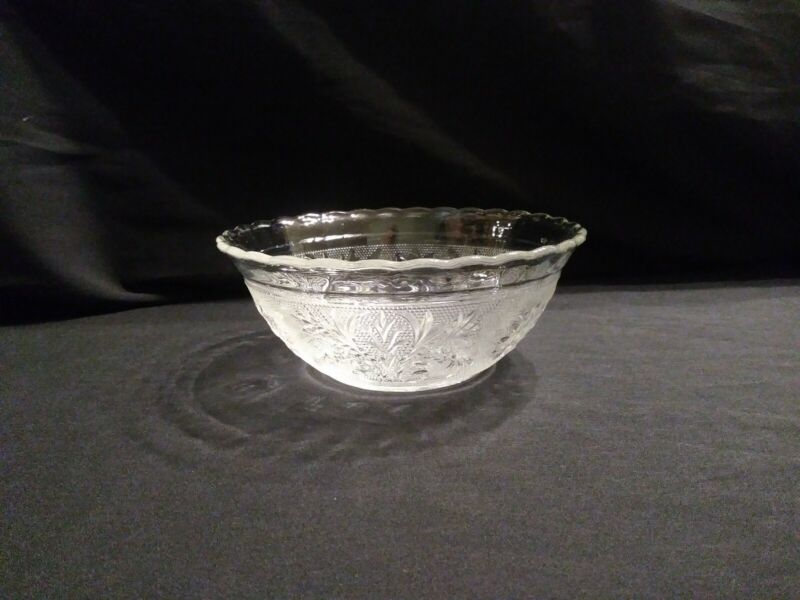 """Anchor Hocking Sandwich Clear Glass 6.5"""" Scalloped Bowl serving vegetable salad"""