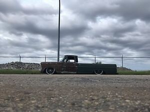 1972 F-100 on Air