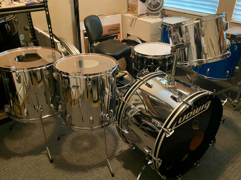 4-Piece Ludwig Classic-1980 Stainless Steele over 6-ply Maple-14,16,18
