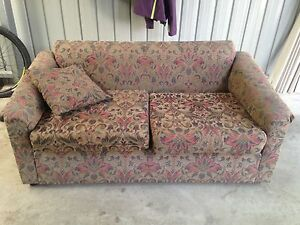 Two seater couch Aldgate Adelaide Hills Preview