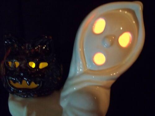 "VTG SPOOK CERAMIC MOLD HALLOWEEN LIGHT UP 12"" GHOST HOLDING OLD MEAN CAT LANTERN"