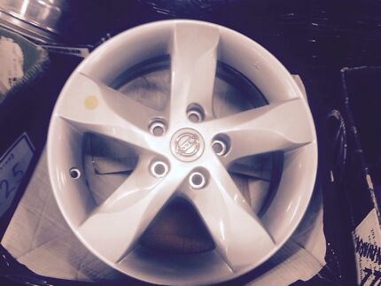 "Set of 4 Nissan Dualis 16"" factory alloy wheels. Also fit Xtrails North Geelong Geelong City Preview"