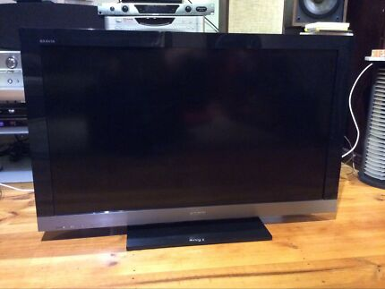 "Sony Bravia32"" LCD FHD USB2.0 Tv perfect condition very nice picture"
