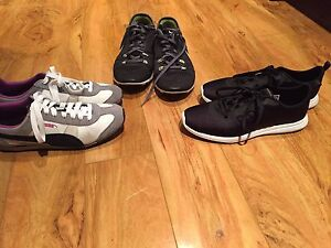 Size 7 running shoes