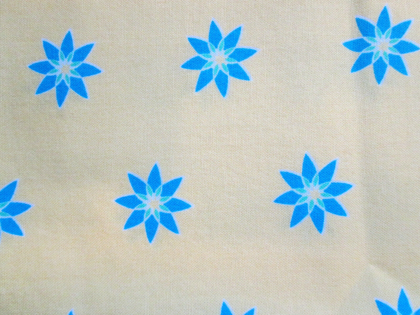 19x21 Scrap Fabric In Bright Lemon Yellow With Teal/blue Flowers. Pre-washed. - $1.75