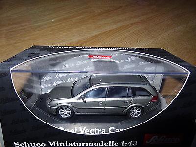 Schuco OPEL Vectra Caravan - break 5 portes / doors 1:43 MIB neuf new ref 04672