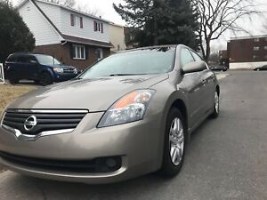 2007 Nissan Altima 2.5SL - lather and sunroof