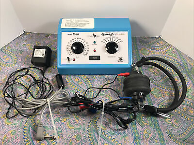 Ambco 650a Audiometer Complete W Tdh-49p Headset Patient Response Switch