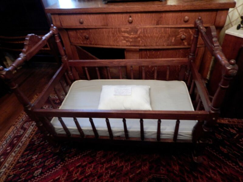 "Antique Stained Wooden Baby Bed Bassinet Crib 42.5""l x 26.25""w x 39.5""h Mattress"