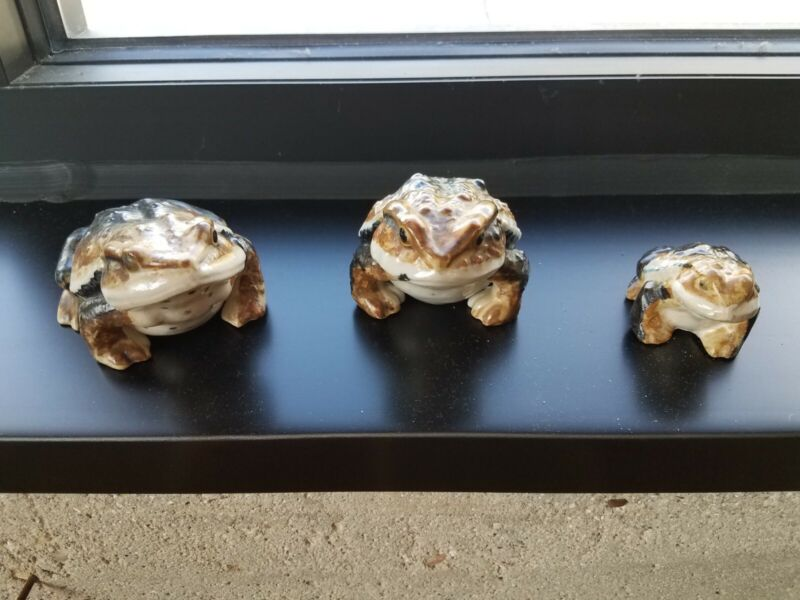 3 Vintage Antique Ceramic Frog Toad Japanese Hirado Style Figures Hand Painted