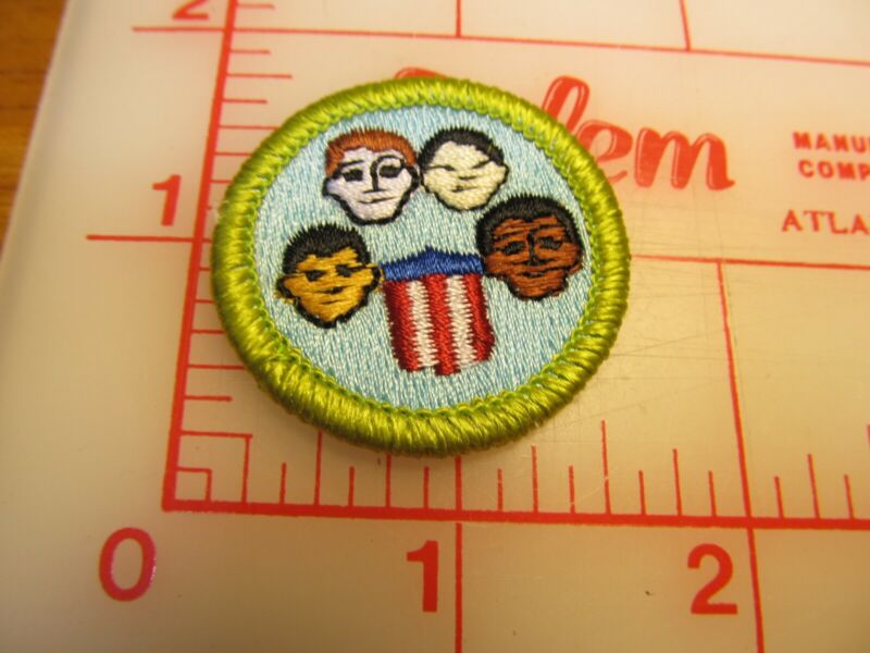 BSA 2010 backed AMERICAN CULTURES merit badge emblem patch (rU)
