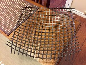 Brown Metallic Wicker Design Table Accent