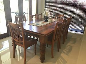 Country Cottage Farmhouse Table Ashmore Gold Coast City Preview