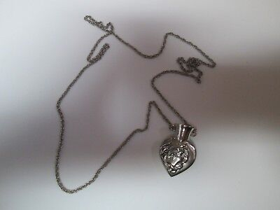 Chain Necklace & Metal Heart Shaped Vial Pendant with Embossed Woman's (Heart Shaped Face Women)