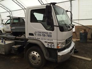 Hook and lift roll off truck for sale