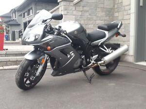 Moto 2006 Suzuki SV1000 24100km