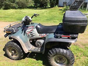 2002 Polaris quad 4x4 for $3800