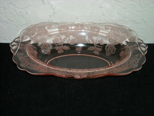Cambridge Apple Blossom Oval Vegetable Bowl Baker  Pink