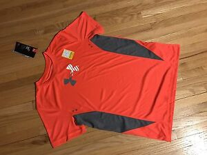 NEW size Large Boys Under Armour
