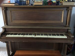 Piano free- will pay you $40!!!