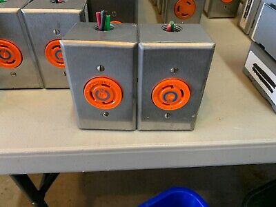 Lot Of 2 Hubbell Ig2620 30a 250 Volt Twist-lock Receptacle Orange W Enclosure