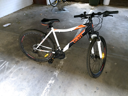 Selling a bike completely new.