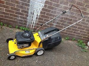Greenfield heavy duty lawn mower with catcher, serviced+warranty Sunshine North Brimbank Area Preview