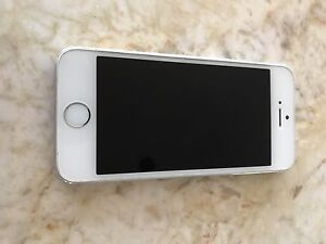 iPhone 5S 32 Gb Silver mint condition