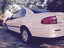 Vx commodore $3200 need gone ! Calista Kwinana Area Preview