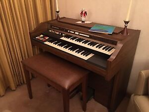 Hammond Cougar 7122J organ Oatley Hurstville Area Preview