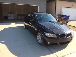 2011 328i xdrive BMW with sports package - priced to sell