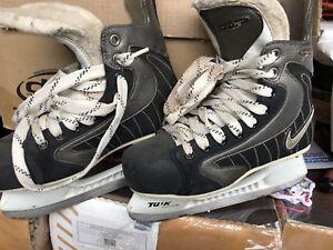 2 pairs NIKE SKATES