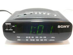 Sony Dream Machine AM/FM Alarm Clock Radio Battery Backup ICF-C212 Black