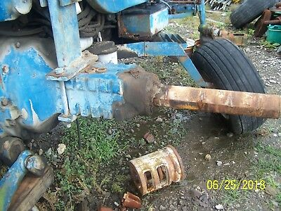 Ford 8700 Tractor Rear Axle Assm Fit 9700 Maybe 8000900086009600