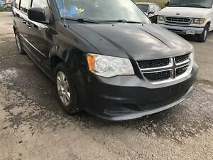 2011 Dodge Caravan, Must Drive! Great Family Vehicle!