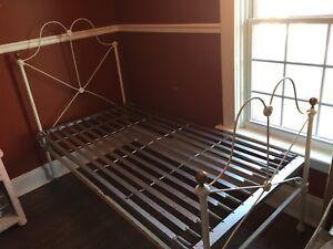 Antique Iron Bed - Twin