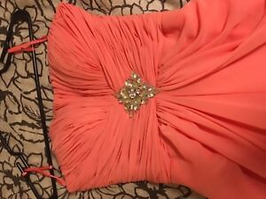 Size 6 Coral Prom/Formal Dress