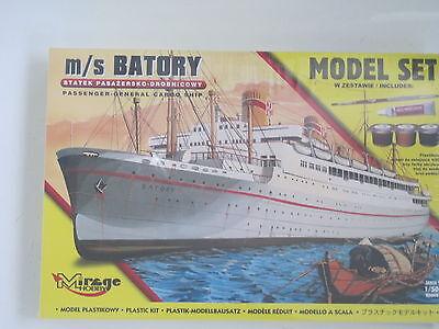 MS Batory Passagierschiff incl. Pinsel Klebstoff Farben 1:500 *NEU* Bausatz