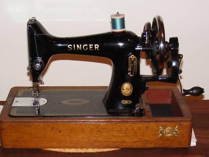 SUPERB VINTAGE SINGER HANDCRANK SEWING MACHINE ONLY $225 Morphett Vale Morphett Vale Area Preview