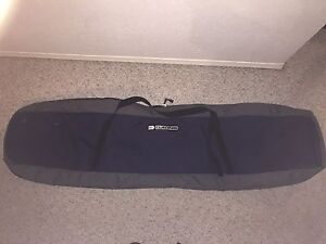Da Kine snowboard travel bag