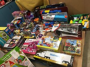 CLEARANCE OF BRAND NEW TOYS, HUGE ASSORTMENT, ALL AGES
