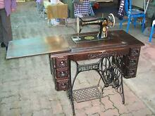 Singer Treadle Sewing Machine with Table Osborne Port Adelaide Area Preview