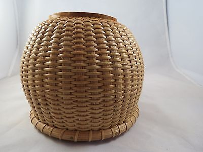 hand made woven straw basket wood bottom Nantucket style