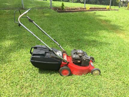 Rover self propelled lawn mowers gumtree australia free local rover self propelled lawn mower fandeluxe Images