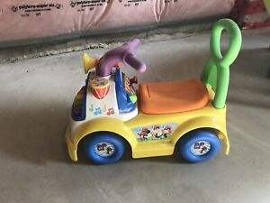 Car with different sounds! Elephant included! 20$