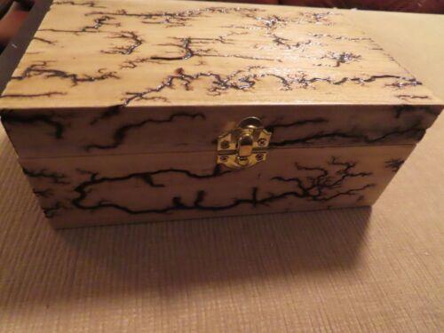 Lichtenberg (Fractal) Electrocuted Wood Burning Art-balsa wood box, full design