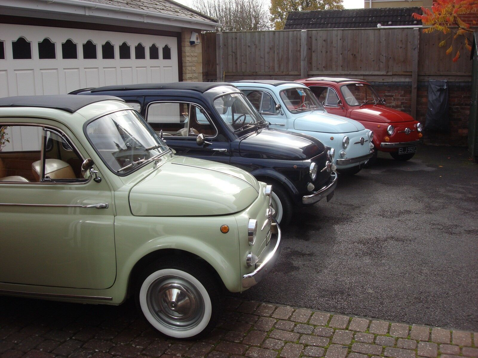 LOWBOURNE CLASSIC VEHICLES