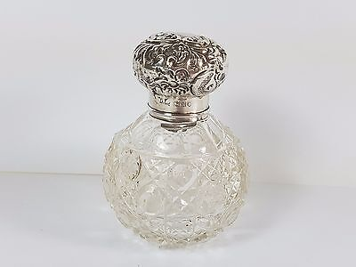 ANTIQUE HM SILVER GLOBULAR GLASS PERFUME SCENT BOTTLE 1902 - DAISIES