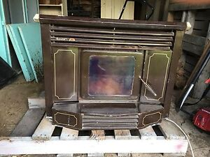 Wood slow combustion heater Dungog Dungog Area Preview