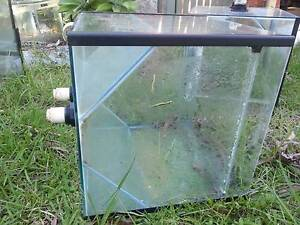 Fish tanks for sale Medowie Port Stephens Area Preview